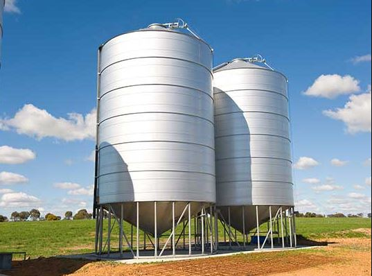 Weging van tank of silo